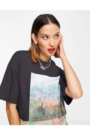 Noisy May Organic cotton 'peace is power' t