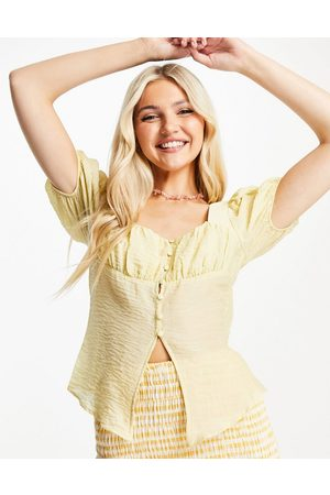 Skylar Rose Textured button front blouse in yellow
