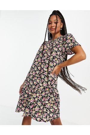 Only Tine ditsy print mini dress in black
