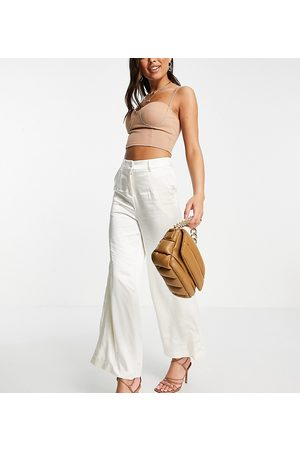 EI8TH HOUR Exclusive wide leg trousers co ord in buttercream