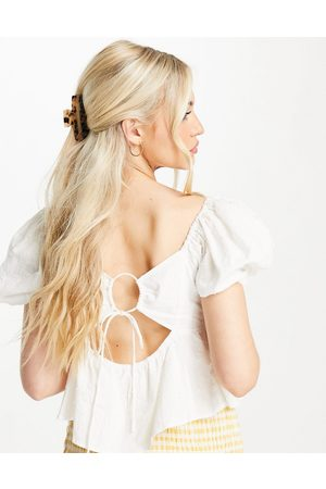 Skylar Rose Poplin puff sleeve blouse with tie back in off white
