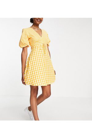Influence Tall Mini tea dress in yellow gingham