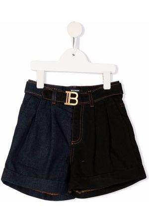 Balmain Kids Pantalones cortos con hebilla y logo
