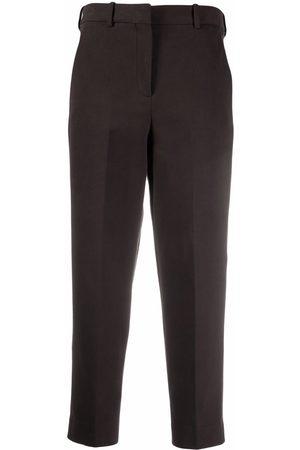 Circolo 1901 Pantalones capri con pinzas
