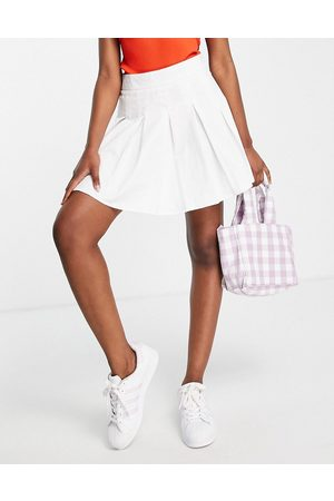 Lola May Pleated tennis mini skirt in white