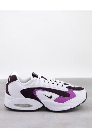 Nike Air Max Triax Trainers in white