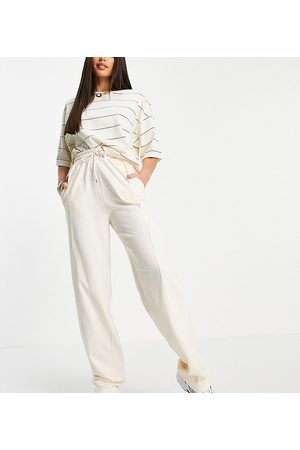 ASOS Mujer Leggings y treggings - ASOS DESIGN Tall straight leg jogger with deep waistband and pintuck in organic cotton in cream