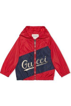Gucci Kids Abrigos y Chamarras - Chamarra con capucha y logo estampado