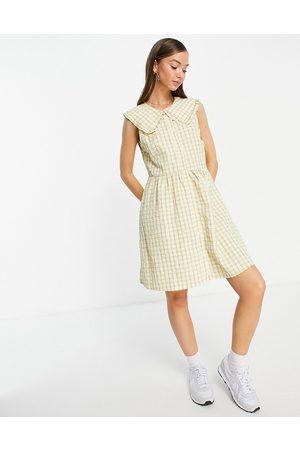 VILA Check mini dress with oversized collar