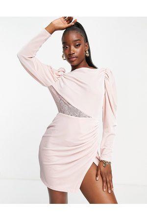 Saint Genies Mujer Vestidos de noche - Cowl back long sleeve dress in pink