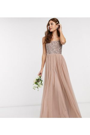 Maya Mujer Vestidos de noche - Bridesmaid sleeveless square neck maxi tulle dress with tonal delicate sequin overlay in taupe blush