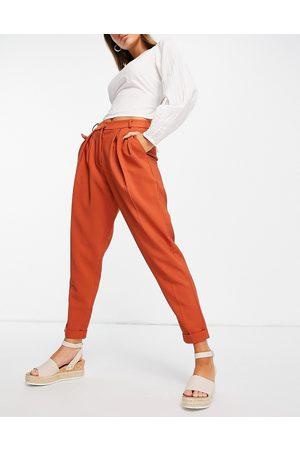 Closet Mujer Leggings y treggings - Tailored paper bag trouser in brown
