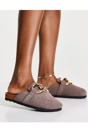 ASRA Fiscal clogs in mauve suede with chain detail