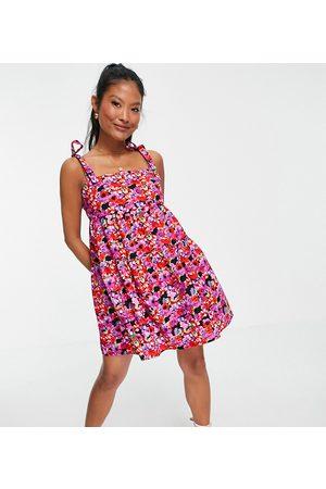 Miss Selfridge Petite Mujer Casuales - Floral poplin smock dress