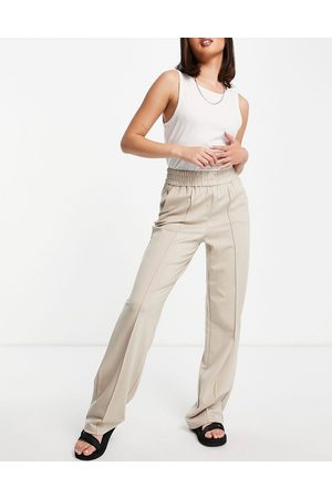 ONLY Wide leg clean jogger in sand