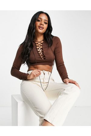 Fashionkilla Lace up top in chocolate