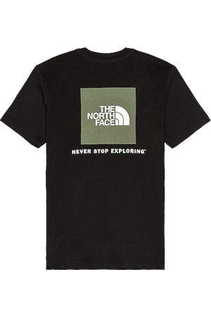 The North Face Hombre Playeras - Camiseta box nse en color negro talla L en - Black. Talla L (también en M, S, XL, XS).