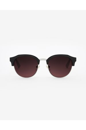 Hawkers Diamond Black Wine Classic Rounded