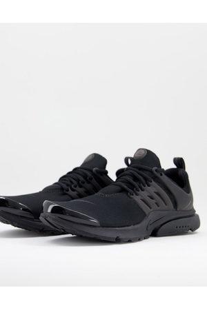 Nike Air Presto trainers in black