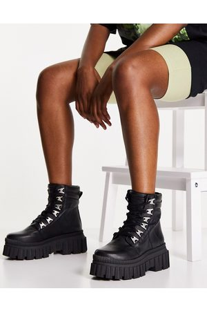 ASOS DESIGN Aaron premium leather chunky hikers in black
