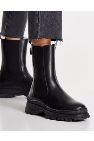 Ted Baker Lilanna pull on boot in black
