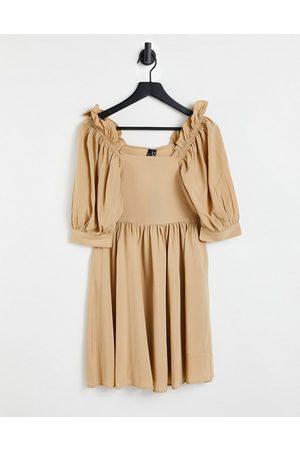VERO MODA Puff sleeve smock dress in camel
