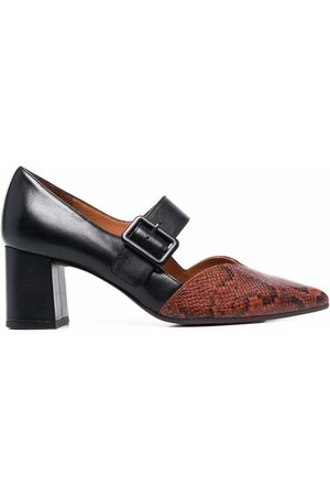 Chie Mihara Pointed-toe two-tone pumps