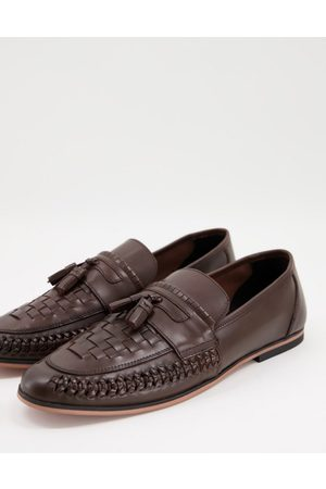 ASOS DESIGN Loafers in woven brown leather with tassel detail