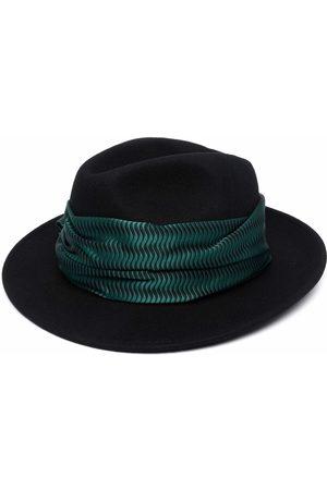 Emporio Armani Sombrero fedora con detalle de mascada