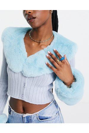 ASOS DESIGN Faux fur collar in blue
