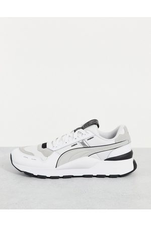 Puma RS 2.0 Futura trainers in white and grey