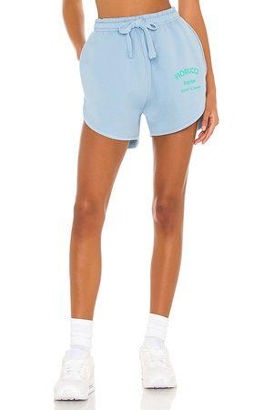 Fiorucci Velour equipe shorts en color baby blue talla L en - Baby Blue. Talla L (también en M, S, XS).