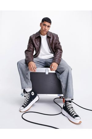 ASOS DESIGN Hombre De piel - Faux leather harrington jacket in brown with borg lining