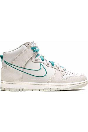 "Nike Dunk High SE ""First Use"
