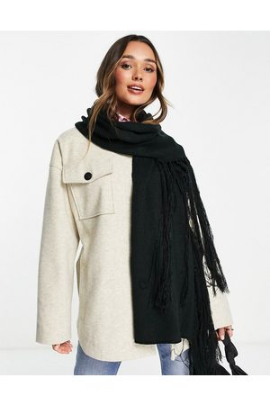 Urbancode Knitted oversized scarf in black