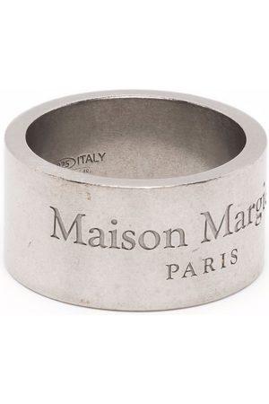 Maison Margiela Anillo con logo grabado