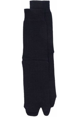 Maison Margiela Mujer Calcetines - Tabi-toe rib-knitted socks