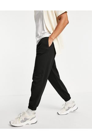 New Look Oversized joggers in black