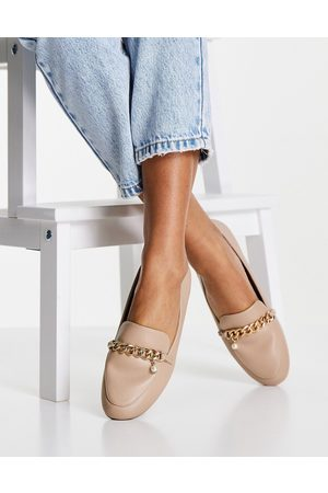 New Look Chain pearl detail loafer in oatmeal