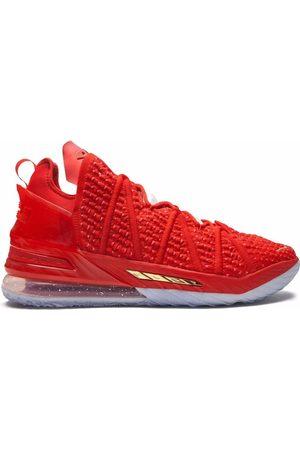 Nike Tenis altos Lebron 18