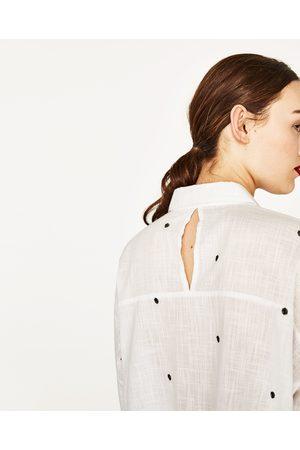 Mujer Camisas y Blusas - Zara CAMISA OVERSIZE BORDADA - Disponible en más colores