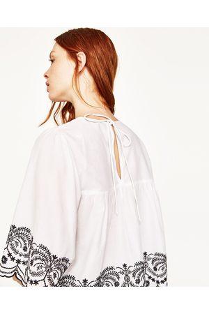 Mujer Blusas - Zara BLUSA POPELÍN BORDADOS - Disponible en más colores