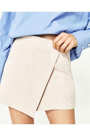 Mujer Shorts - Zara SHORT ANTELINA - Disponible en más colores