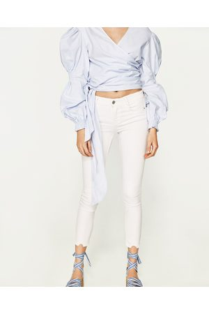 Mujer Jeans - Zara JEGING BODY CURVE TIRO BAJO CROPPED - Disponible en más colores