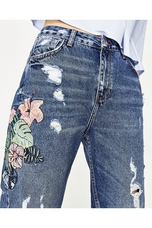 Mujer Jeans - Zara JEANS MOM FIT TIRO ALTO BORDADO