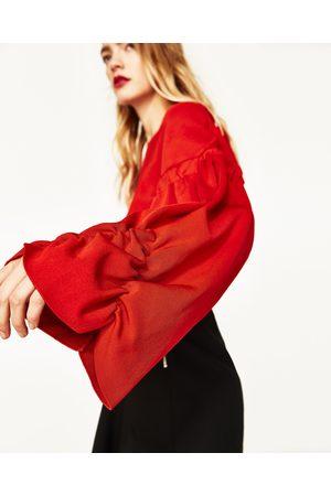 Mujer Zara JERSEY CROPPED MANGA ABULLONADA - Disponible en más colores