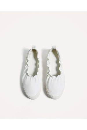 Mujer Zapatos - Zara DEPORTIVO ELÁSTICO