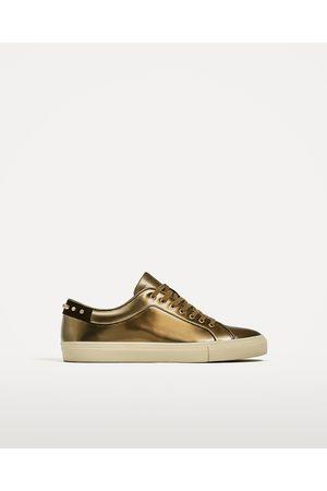 Hombre Zapatos - Zara BAMBA LAMINADA TACHAS - Disponible en más colores
